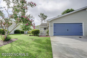 6049 Inland Greens Drive, Wilmington, NC 28405
