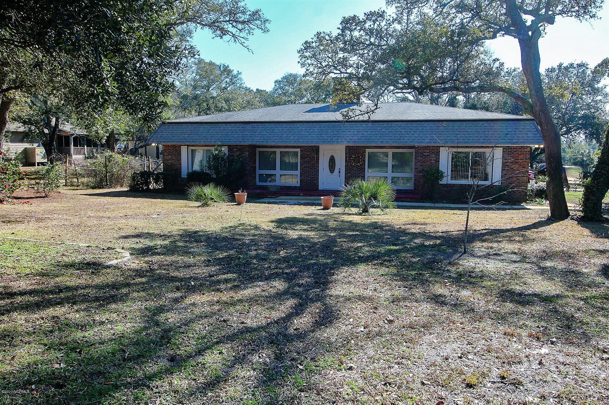 807 W Oak Island Drive Oak Island, NC 28465