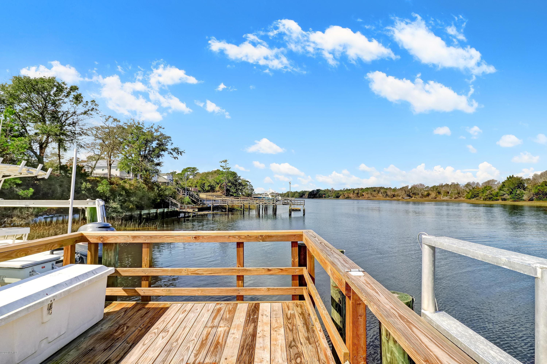 808 W Yacht Drive Oak Island, NC 28465