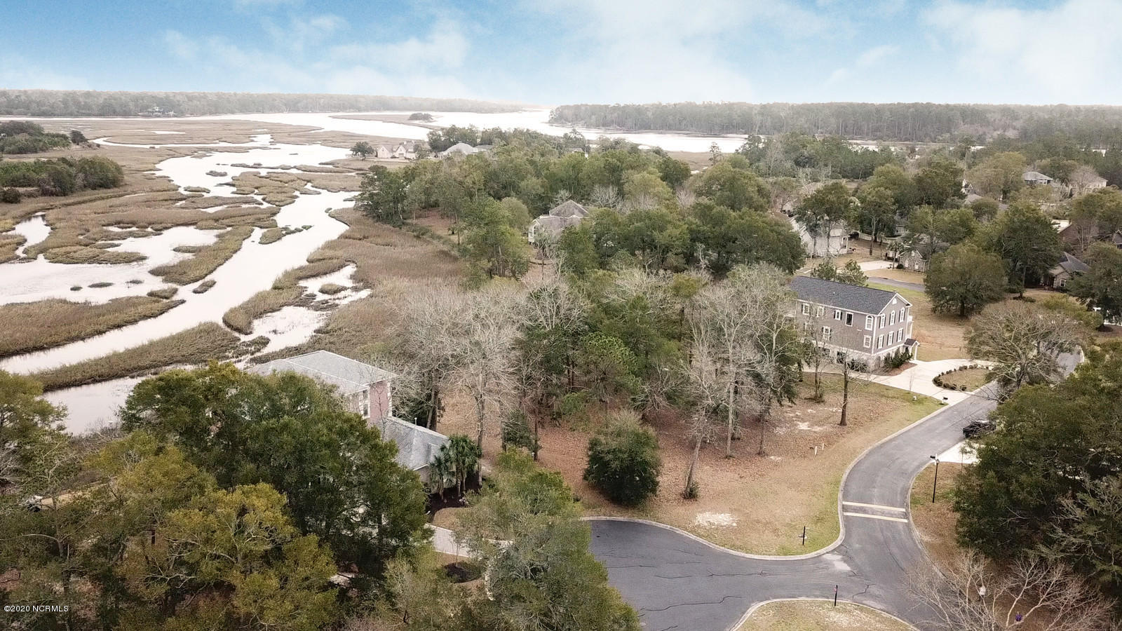 2260 Spanish Moss Court Little River, SC 29566