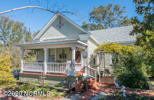 classic historic home in Southport