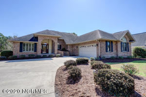302 Crooked Gulley Circle, Sunset Beach, NC 28468