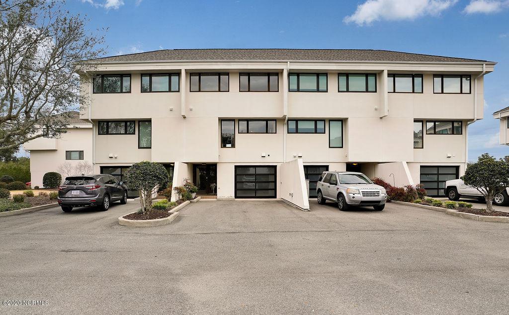 5427 Marina Club Drive Wilmington, NC 28409