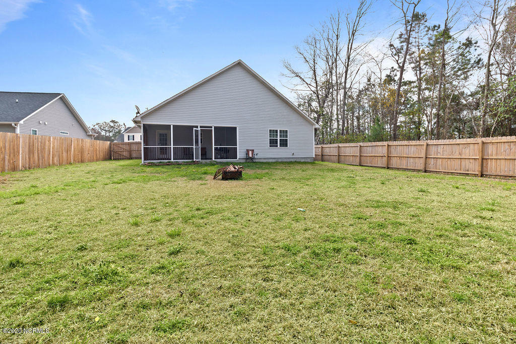 2009 Wt Whitehead Drive, Jacksonville, North Carolina 28546, 3 Bedrooms Bedrooms, ,2 BathroomsBathrooms,Residential,For Sale,Wt Whitehead,100209657