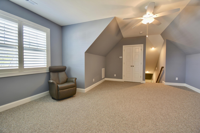 4260 Dunwoody Circle Southport, NC 28461