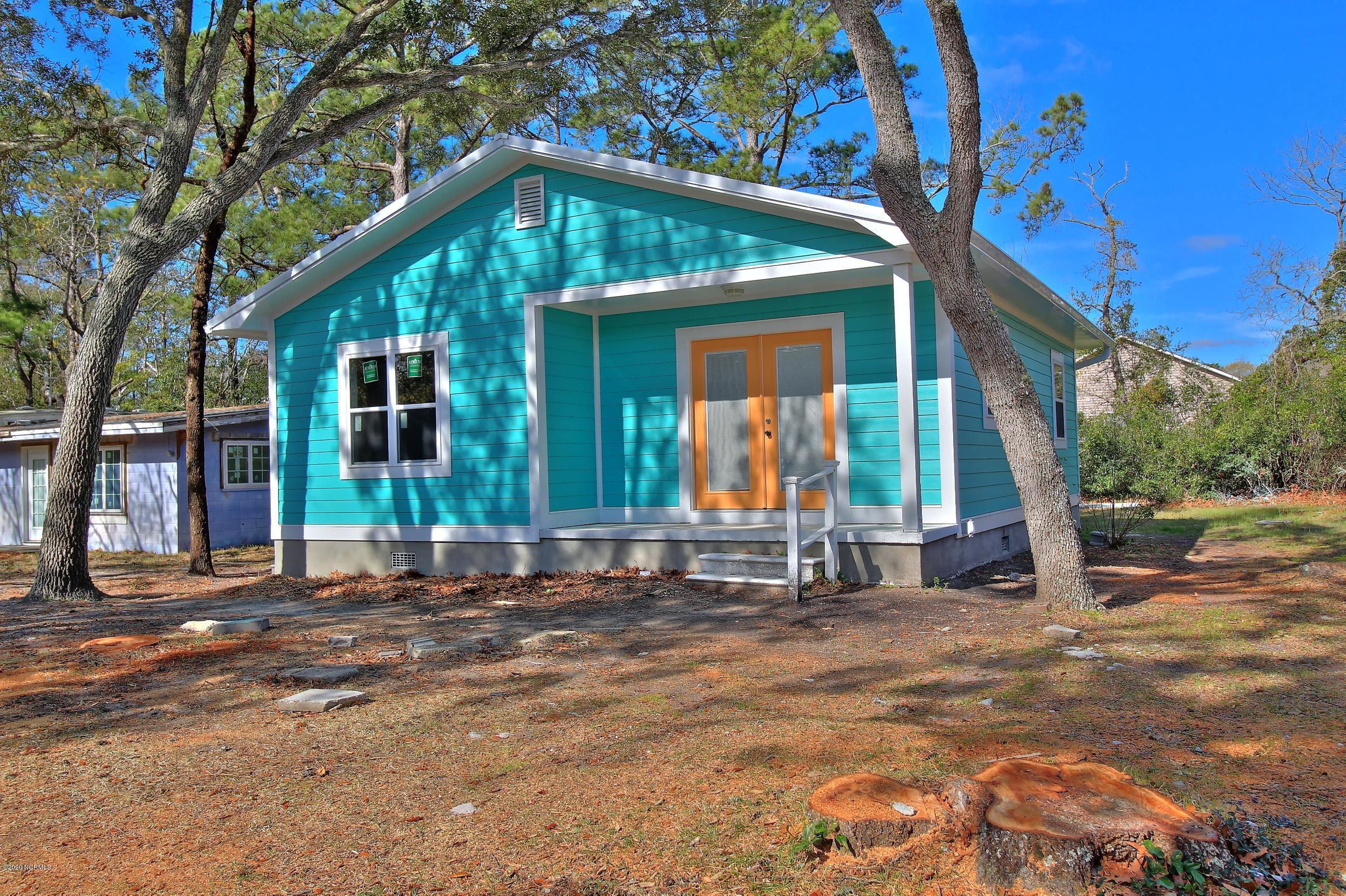 137 NE 18th Street Oak Island, NC 28465