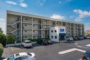 711 S Lumina Avenue, 403, Wrightsville Beach, NC 28480