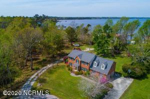 137 Gemstone Drive, Sneads Ferry, NC 28460