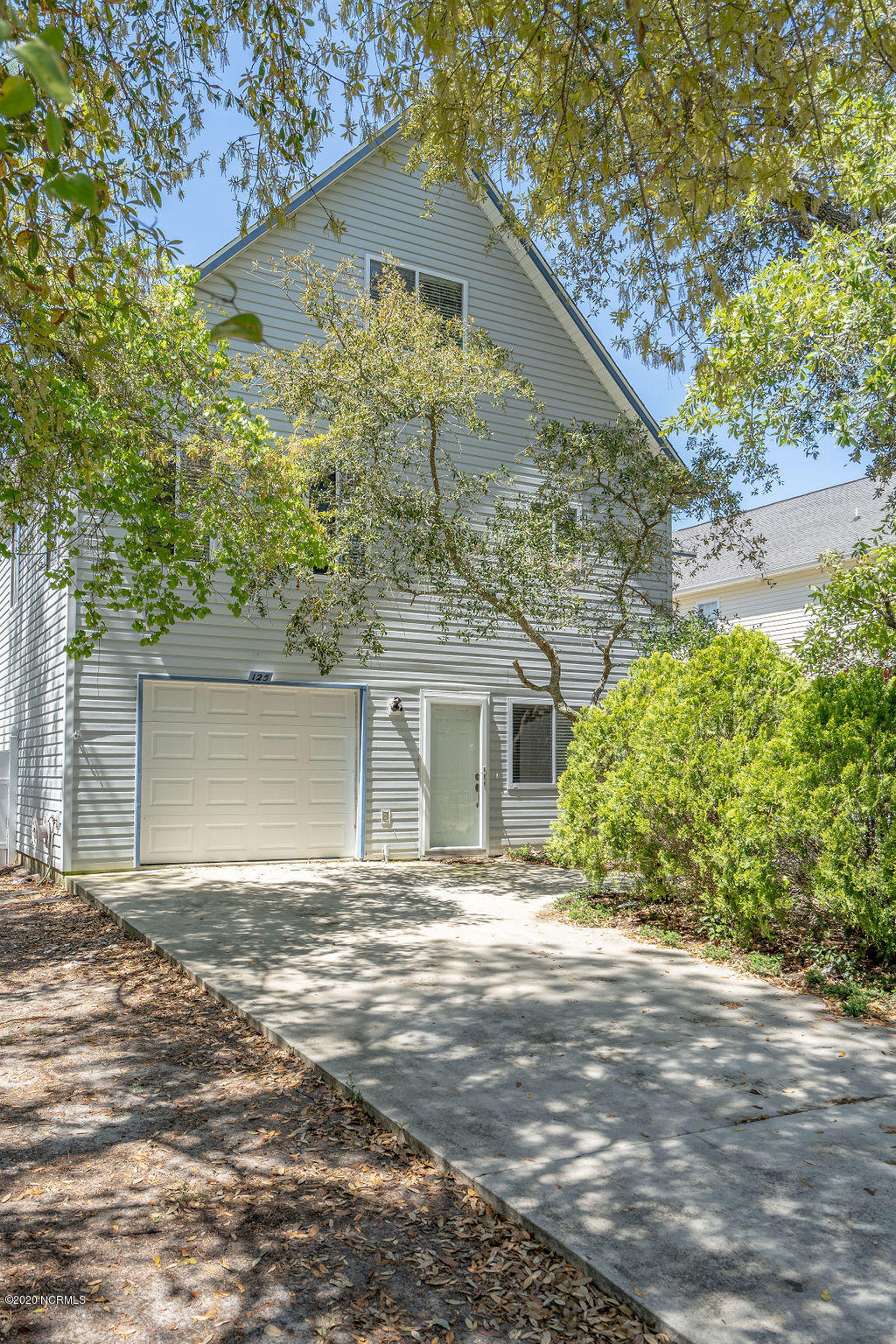 125 NW 9th Street Oak Island, NC 28465