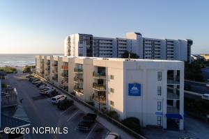 1 S Lumina Avenue, 301, Wrightsville Beach, NC 28480