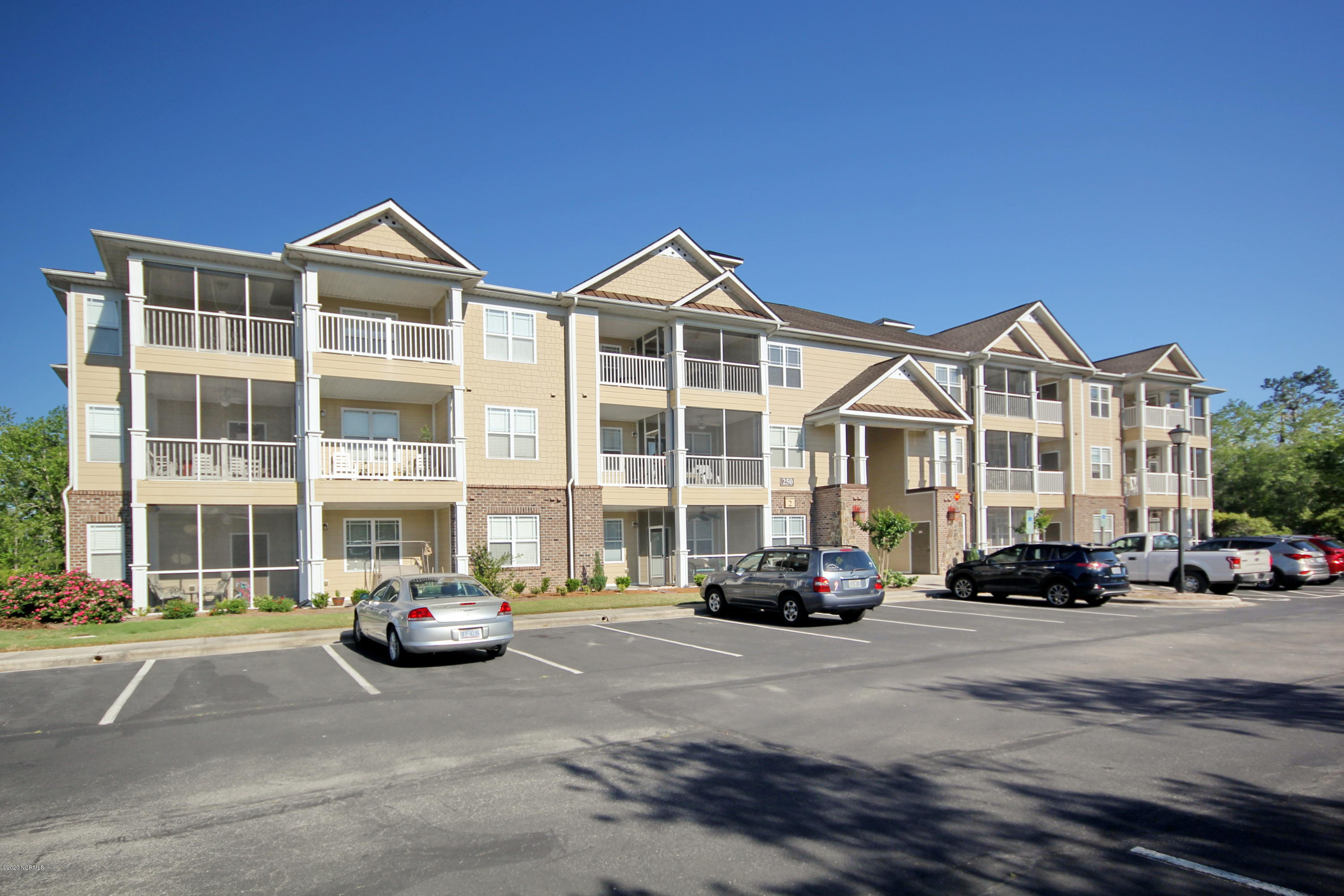 250 S Crow Creek Drive UNIT 18 Calabash, NC 28467