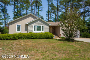 6123 Castleton Court, New Bern, NC 28560