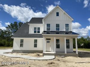 484 Crown Pointe Drive, Hampstead, NC 28443