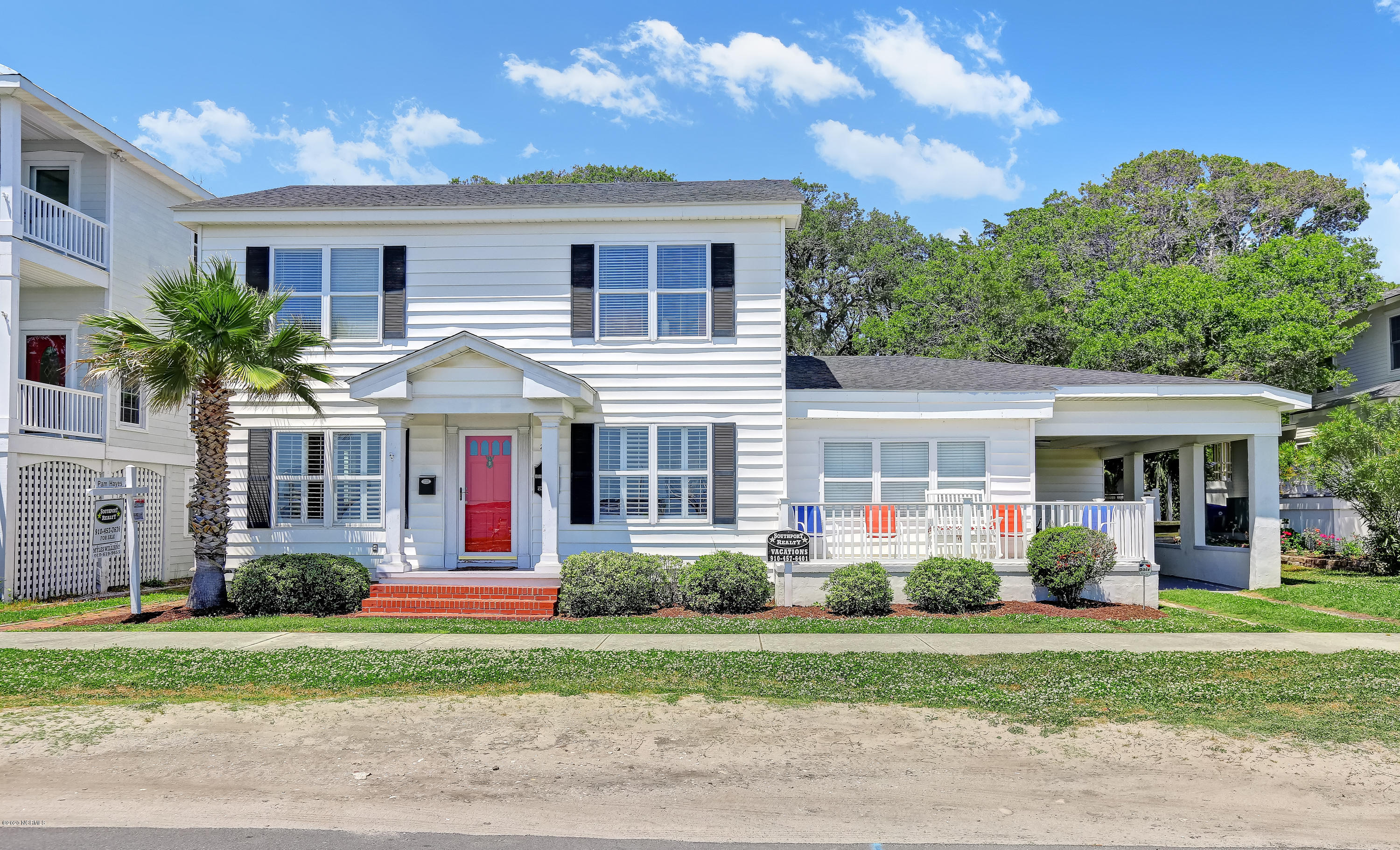 206 W Bay Street UNIT W Southport, NC 28461