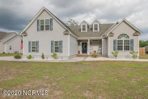 180 Century Road, Hampstead, NC 28443