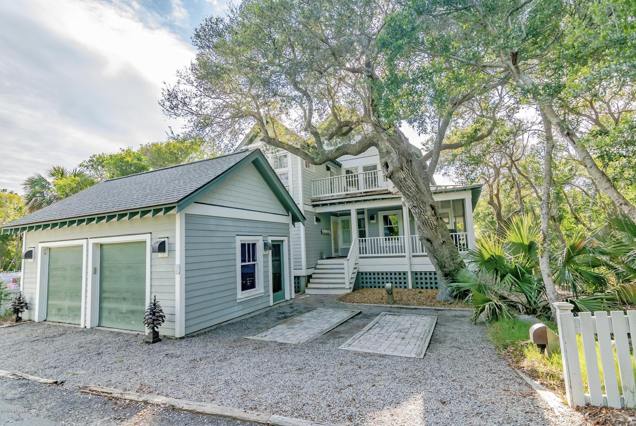 302 S East Beach Drive Bald Head Island, NC 28461
