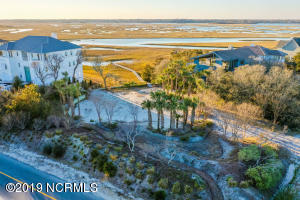 9 2 Clamdigger Point Road, Wilmington, NC 28411