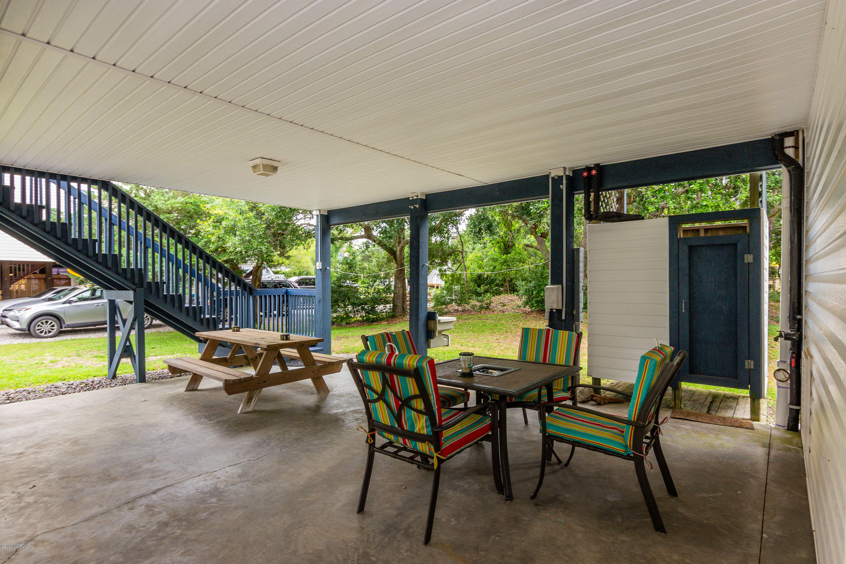 211 E 25th Place Oak Island, NC 28465
