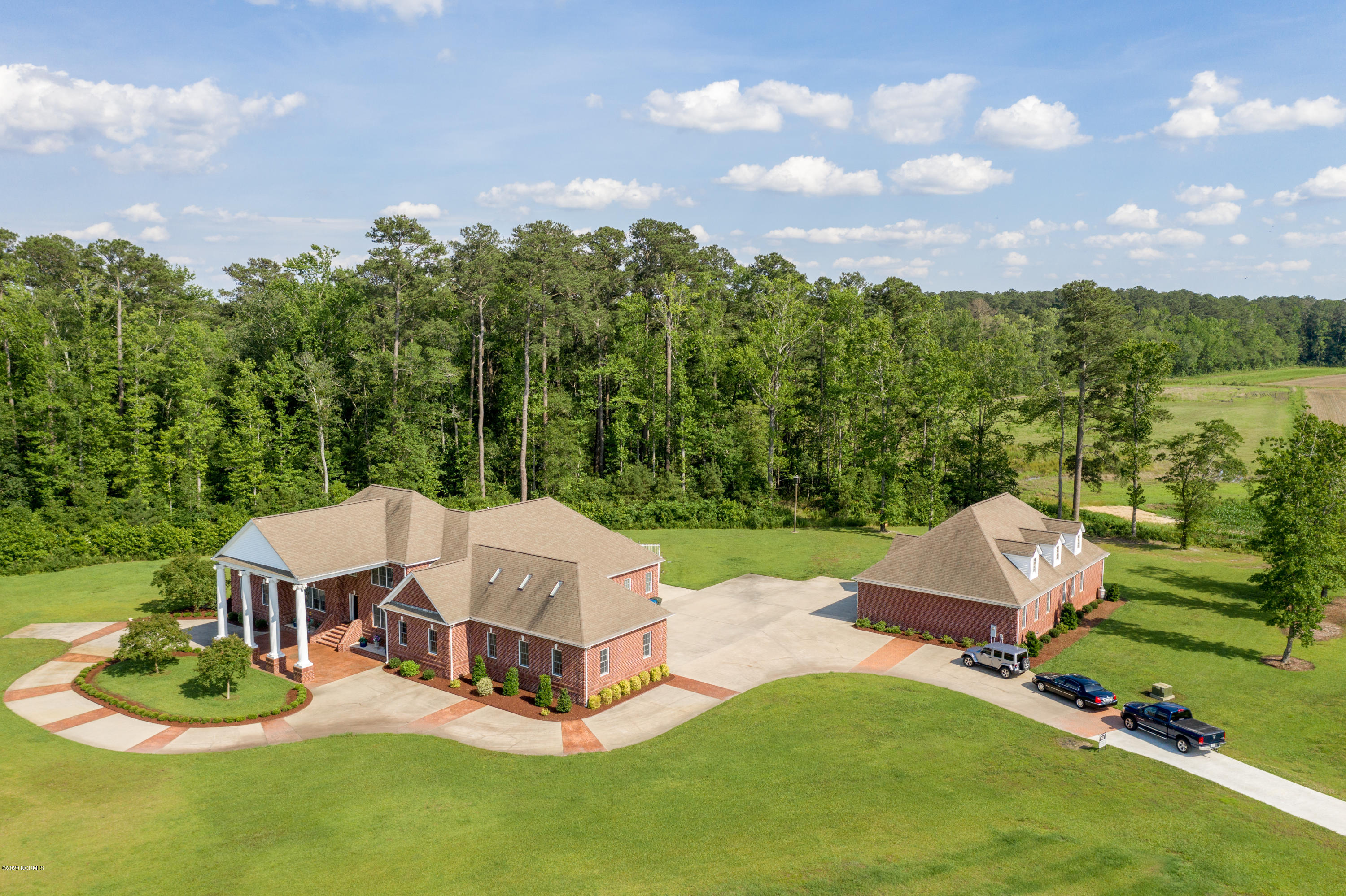 1643 Tull Road, Greenville, North Carolina 27858, 6 Bedrooms Bedrooms, ,5 BathroomsBathrooms,Residential,For Sale,Tull,100218879