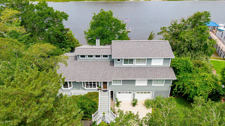 2916 W Yacht Drive Oak Island, NC 28465