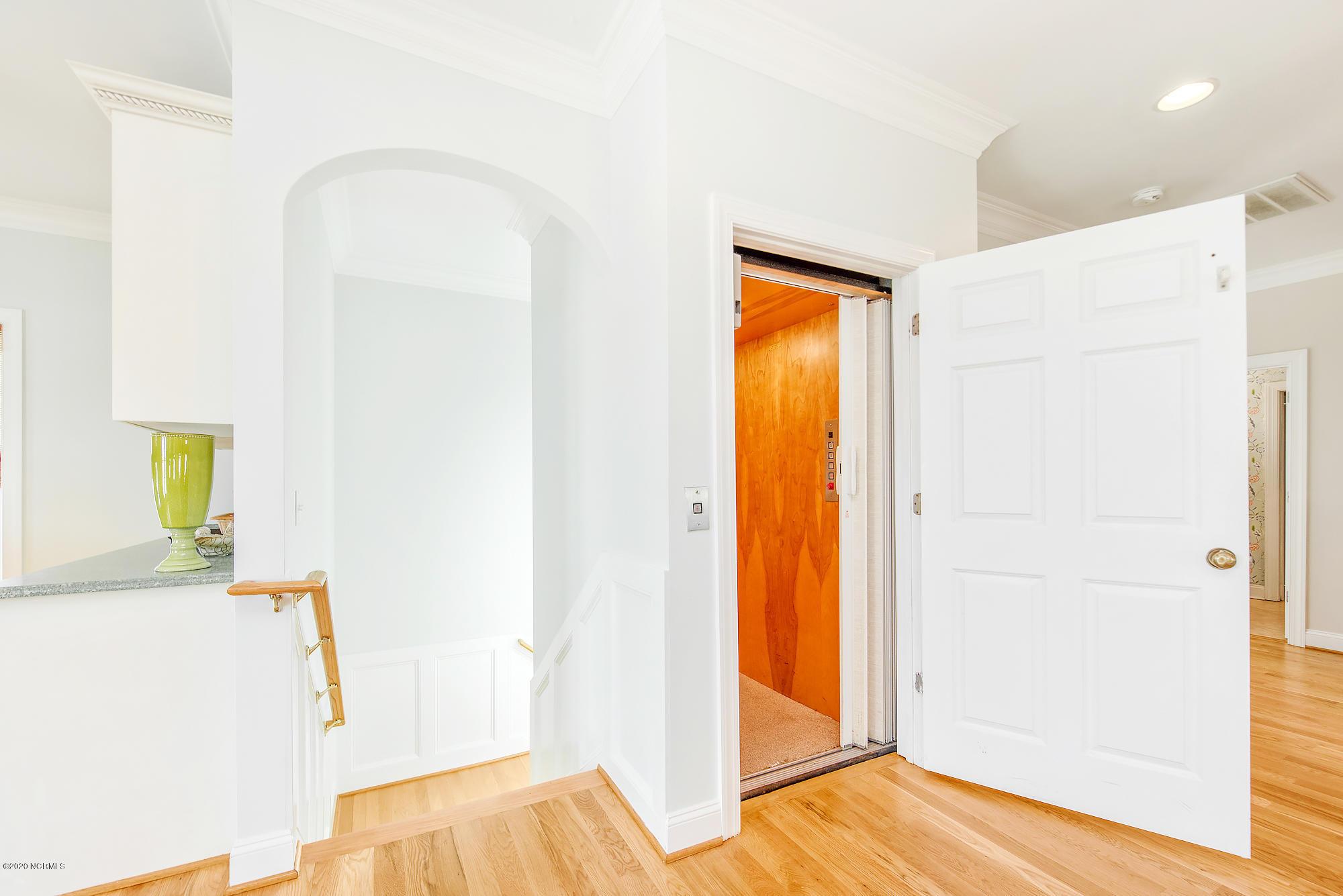 Sunset Properties - MLS Number: 100224562