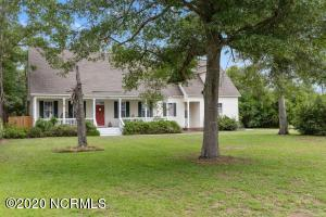 1304 Chadwick Shores Drive, Sneads Ferry, NC 28460