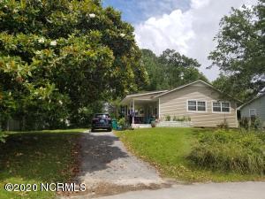656 W Shore Drive, Swansboro, NC 28584