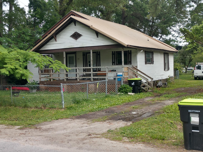 228 Barbara Avenue, Midway Park, North Carolina 28544, 3 Bedrooms Bedrooms, ,1 BathroomBathrooms,Multi-Family,For Sale,Barbara,100223115