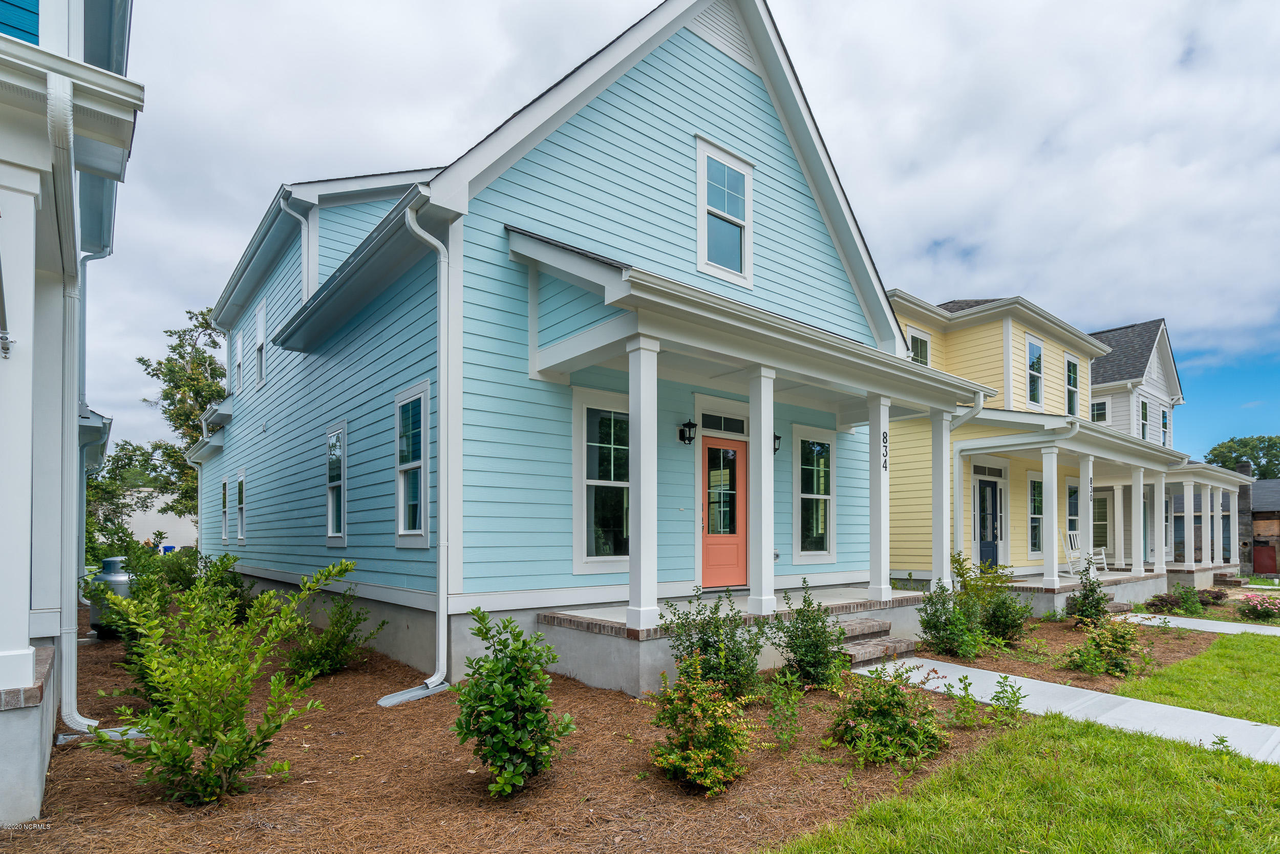834 N Lord Street Southport, NC 28461