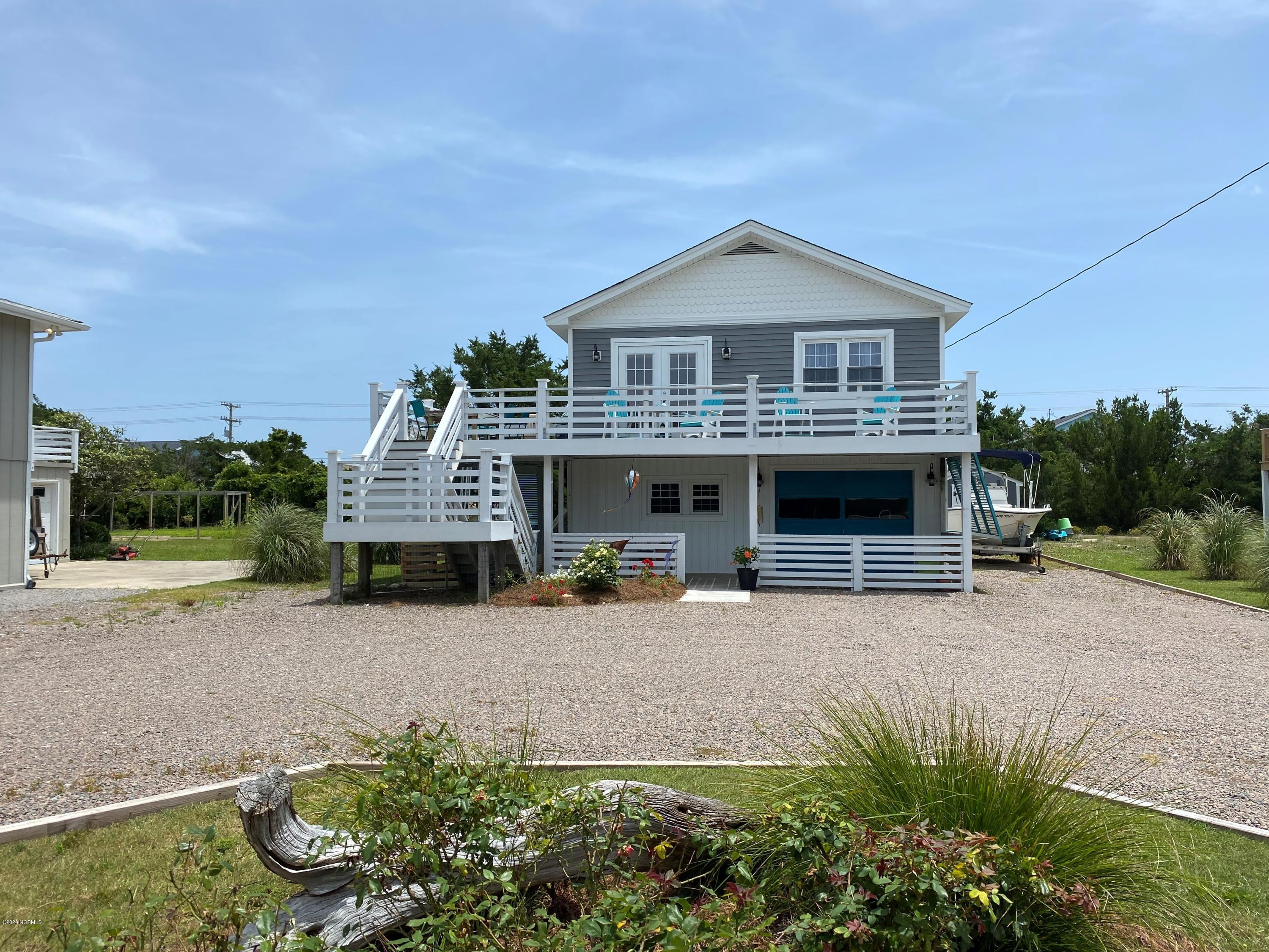 409 Bridgers Avenue, Topsail Beach, North Carolina 28445, 3 Bedrooms Bedrooms, ,2 BathroomsBathrooms,Residential,For Sale,Bridgers,100224293