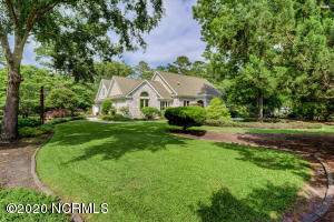 100 Canvasback Point, Hampstead, NC 28443