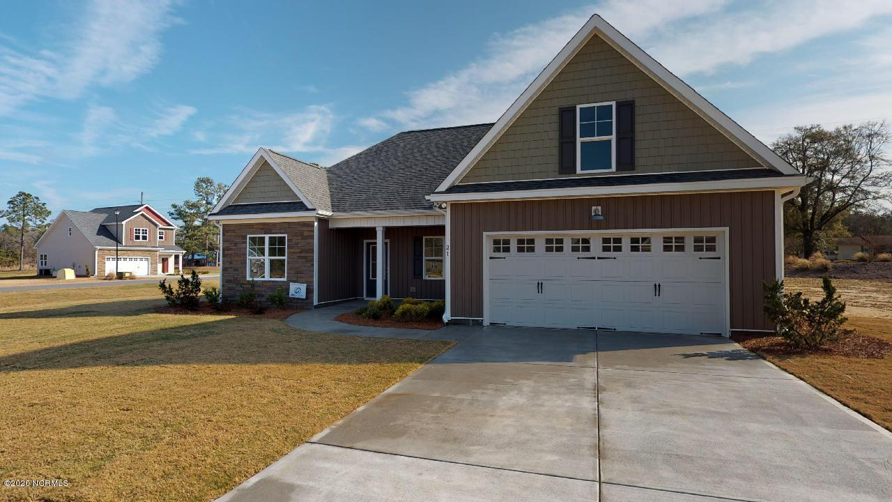 35 Lord Wallace Court, Rocky Point, North Carolina 28457, 4 Bedrooms Bedrooms, ,2 BathroomsBathrooms,Residential,For Sale,Lord Wallace,100224557