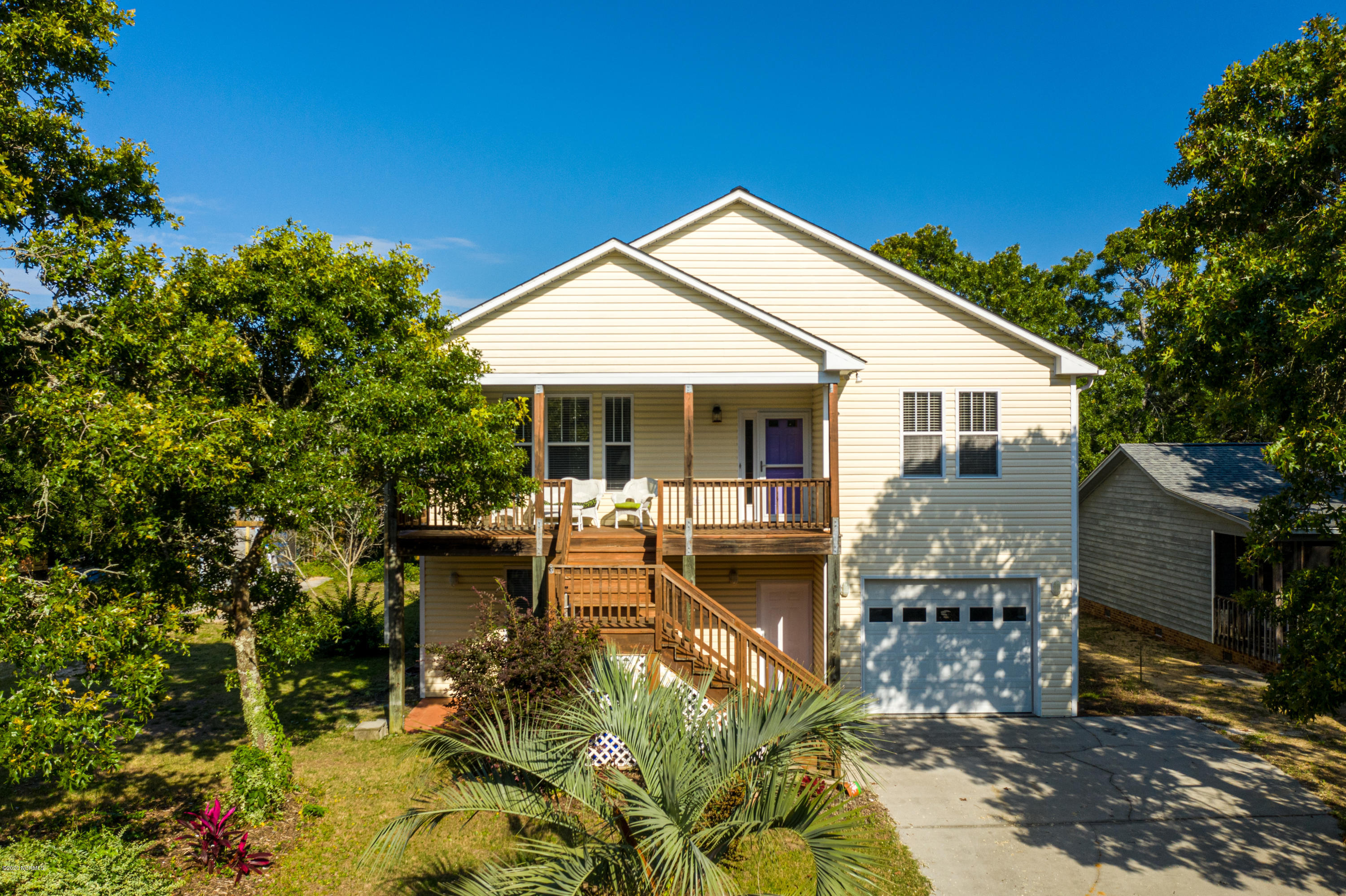 215 NE 35th Street Oak Island, NC 28465