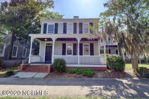 18 N 5th Avenue, Wilmington, NC 28401