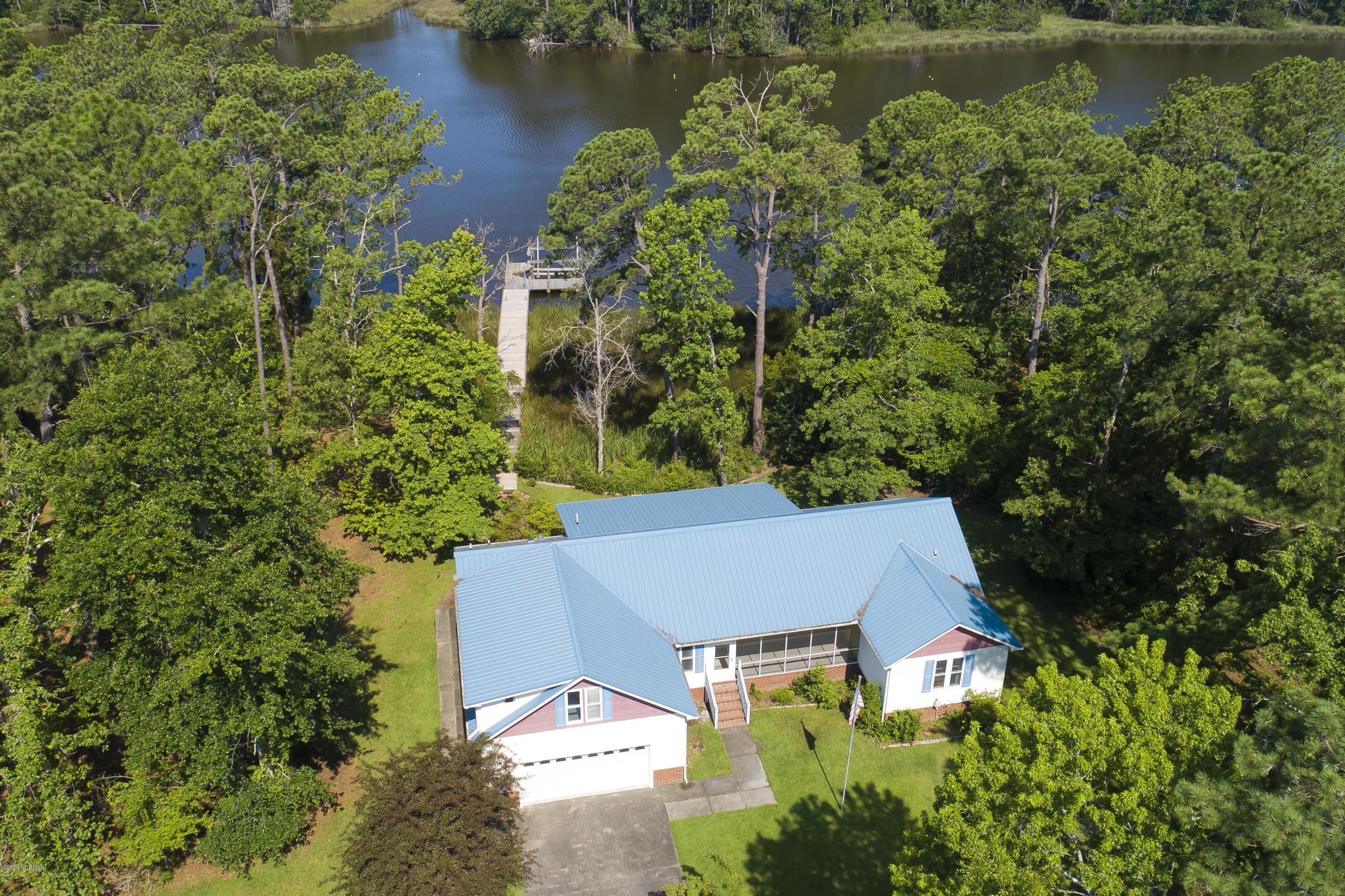 Property for sale at 394 Peninsula Drive, Oriental,  North Carolina 28571