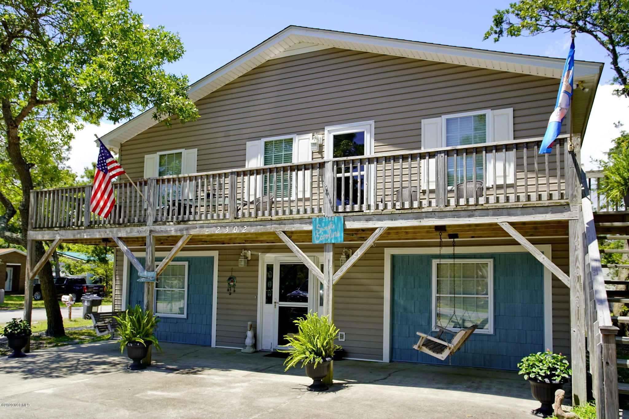 2302 E Oak Island Drive Oak Island, NC 28465
