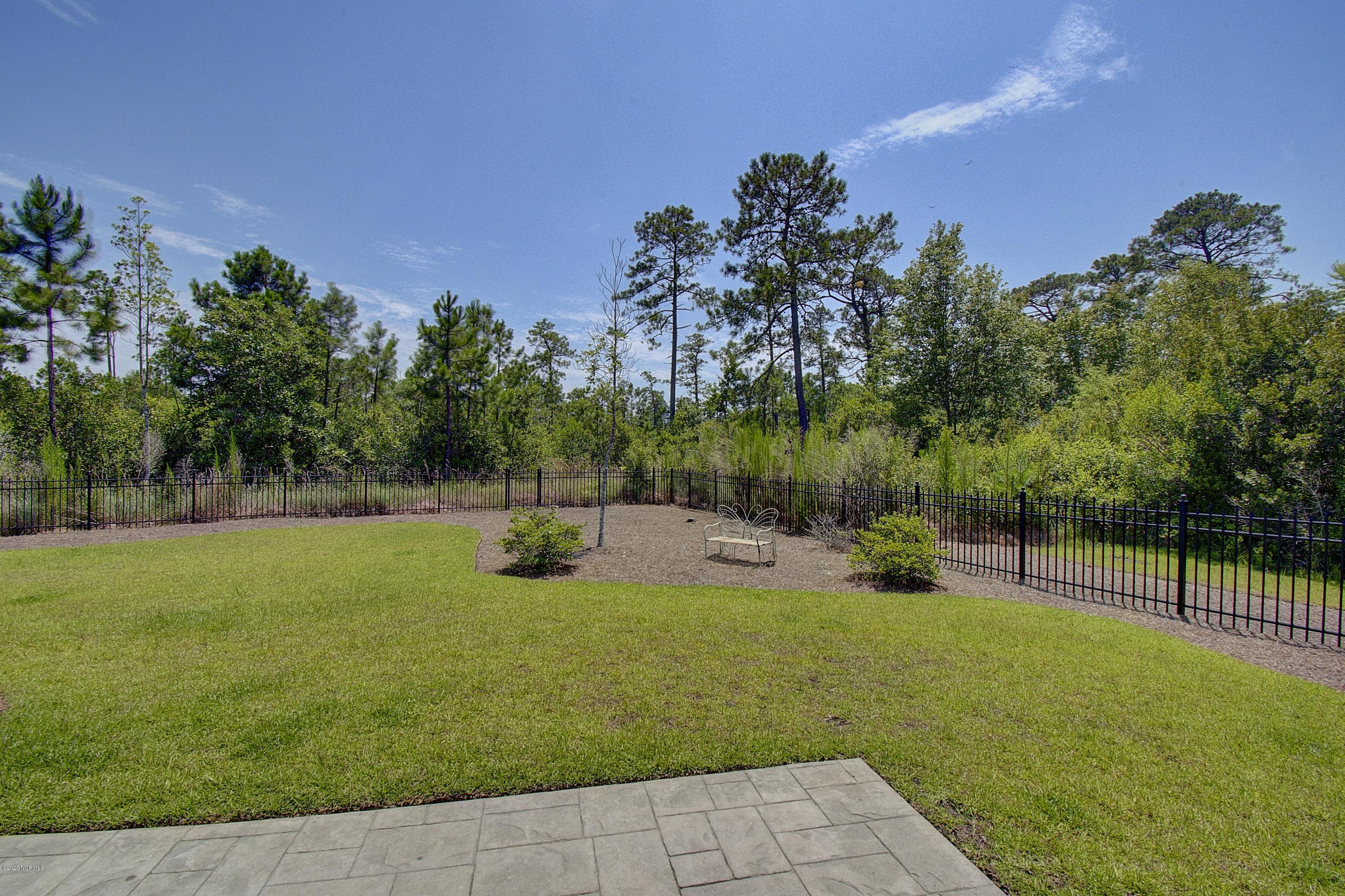 3575 White Spruce Glen Southport, NC 28461