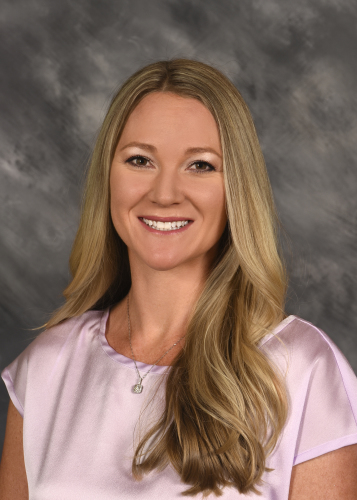 Stephanie M Reeves agent image
