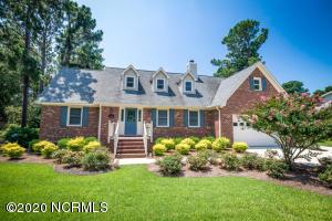 5214 Hedgerow Lane, Wilmington, NC 28409
