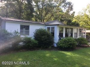 130 Woodland Drive, Swansboro, NC 28584