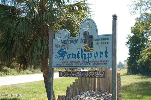 347 E Brown Street Southport, NC 28461
