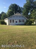1843 S Madison Street, Whiteville, NC 28472