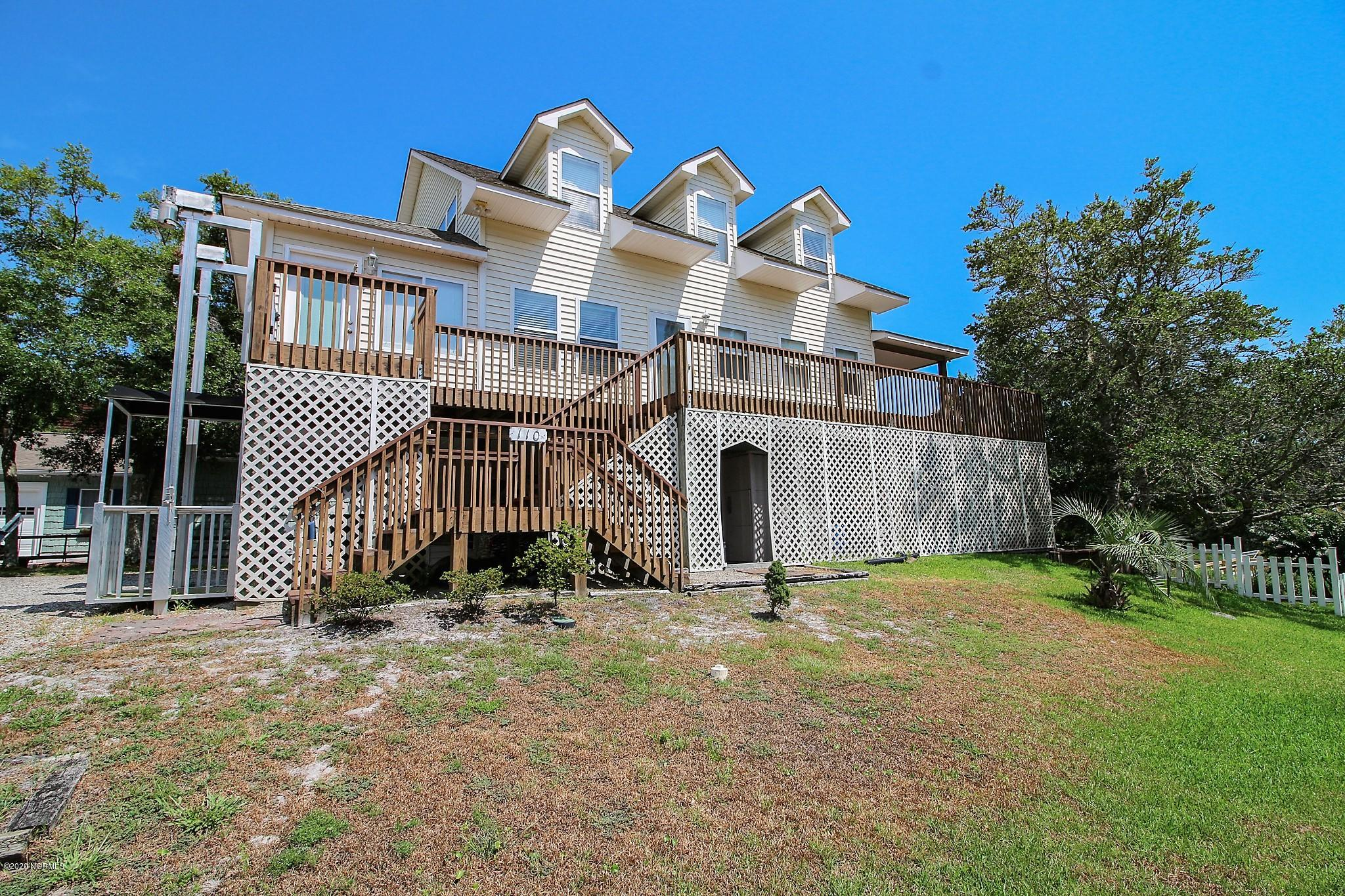110 SW 11th Street Oak Island, NC 28465