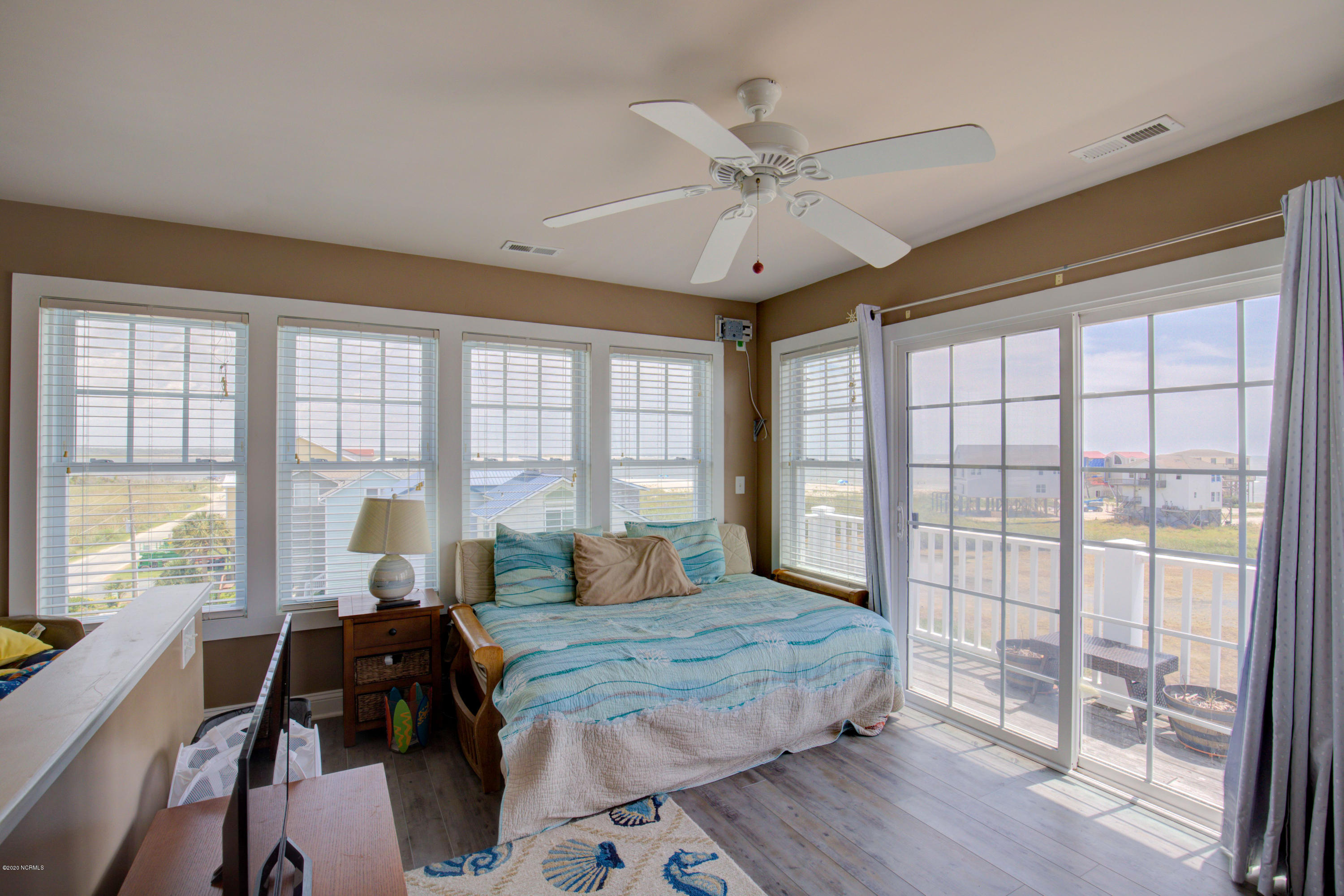3904 River Rd, North Topsail Beach, North Carolina 28460, 5 Bedrooms Bedrooms, ,3 BathroomsBathrooms,Residential,For Sale,River Rd,100230059