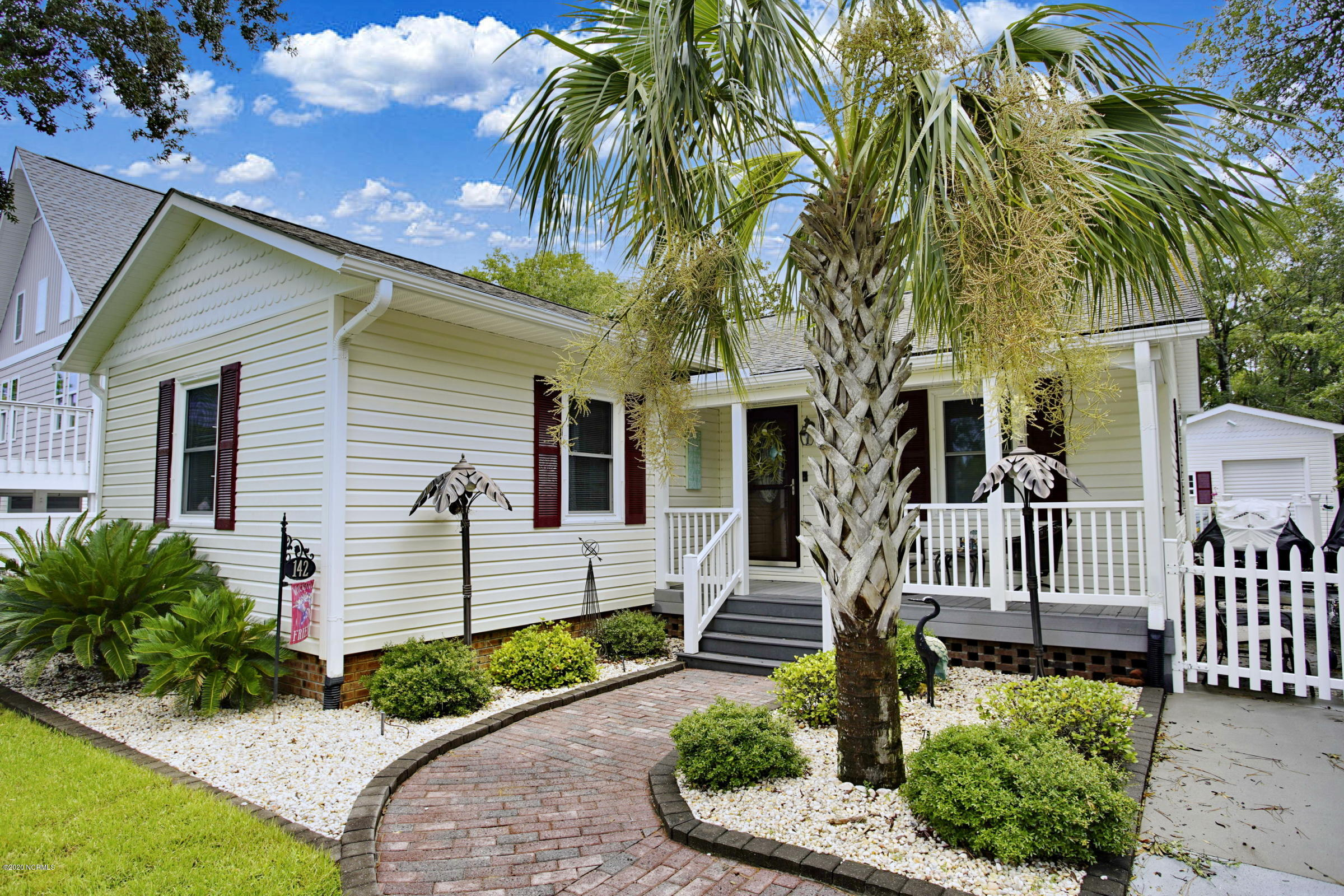 142 NW 8th Street Oak Island, NC 28465