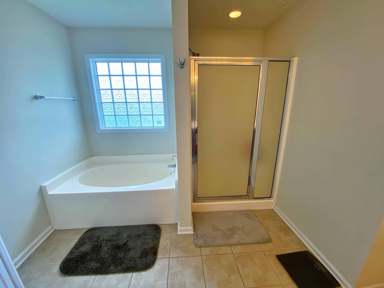 211 Seville Street, Jacksonville, North Carolina 28546, 4 Bedrooms Bedrooms, ,2 BathroomsBathrooms,Residential,For Sale,Seville,100230826