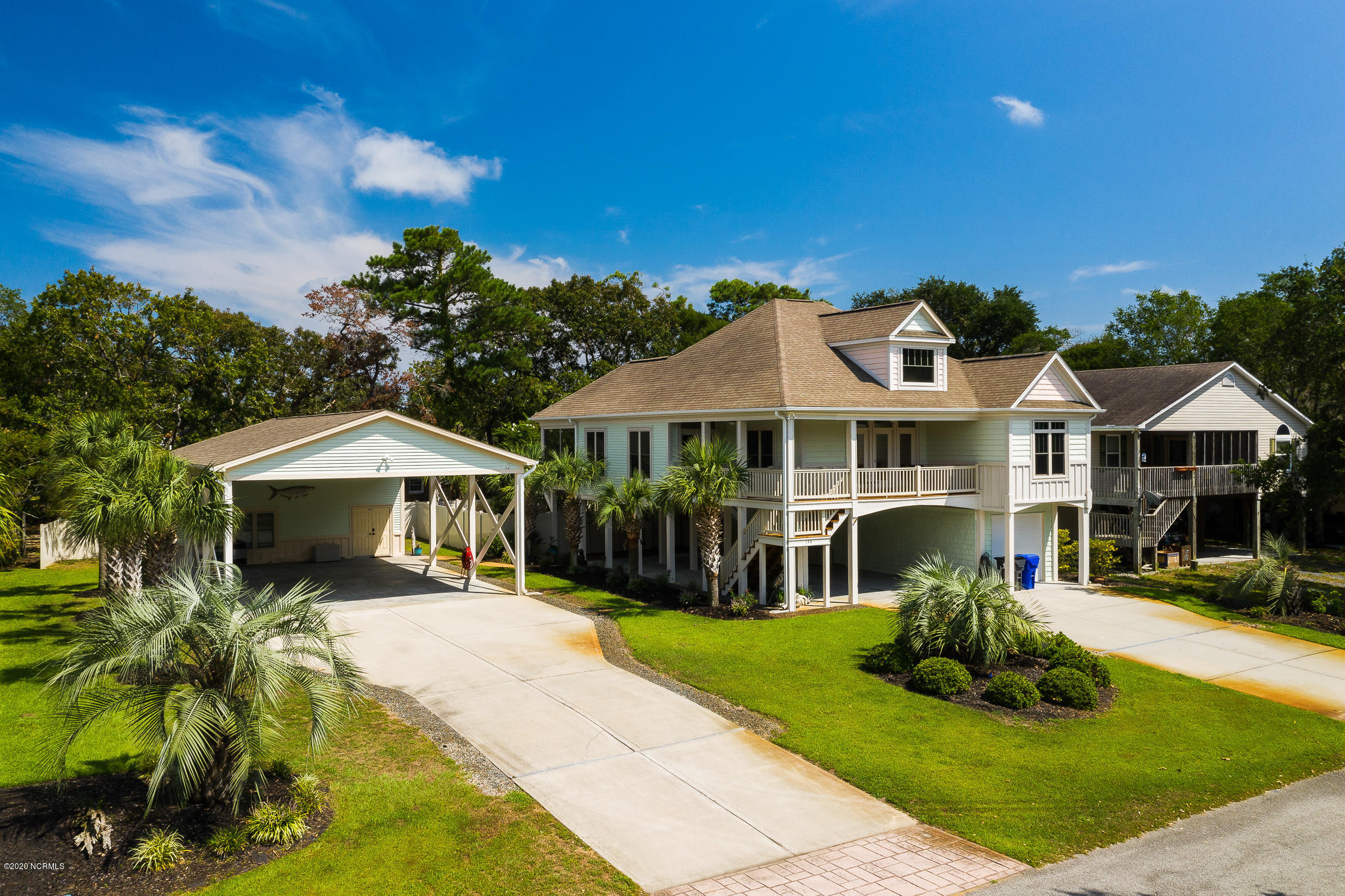 134 NE 29th Street Oak Island, NC 28465