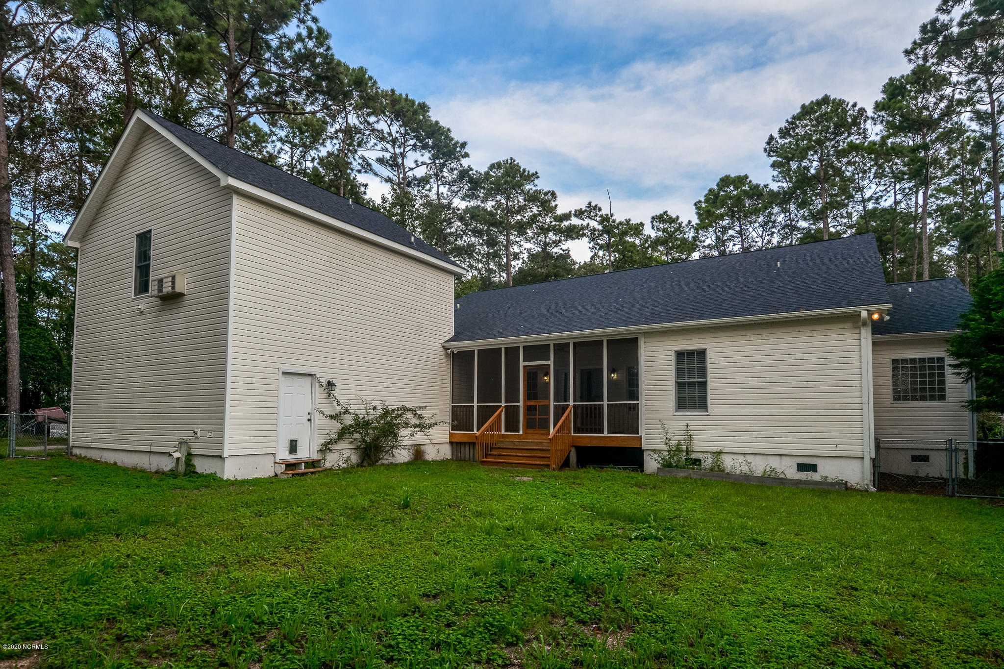 5265 Walden Court Southport, NC 28461