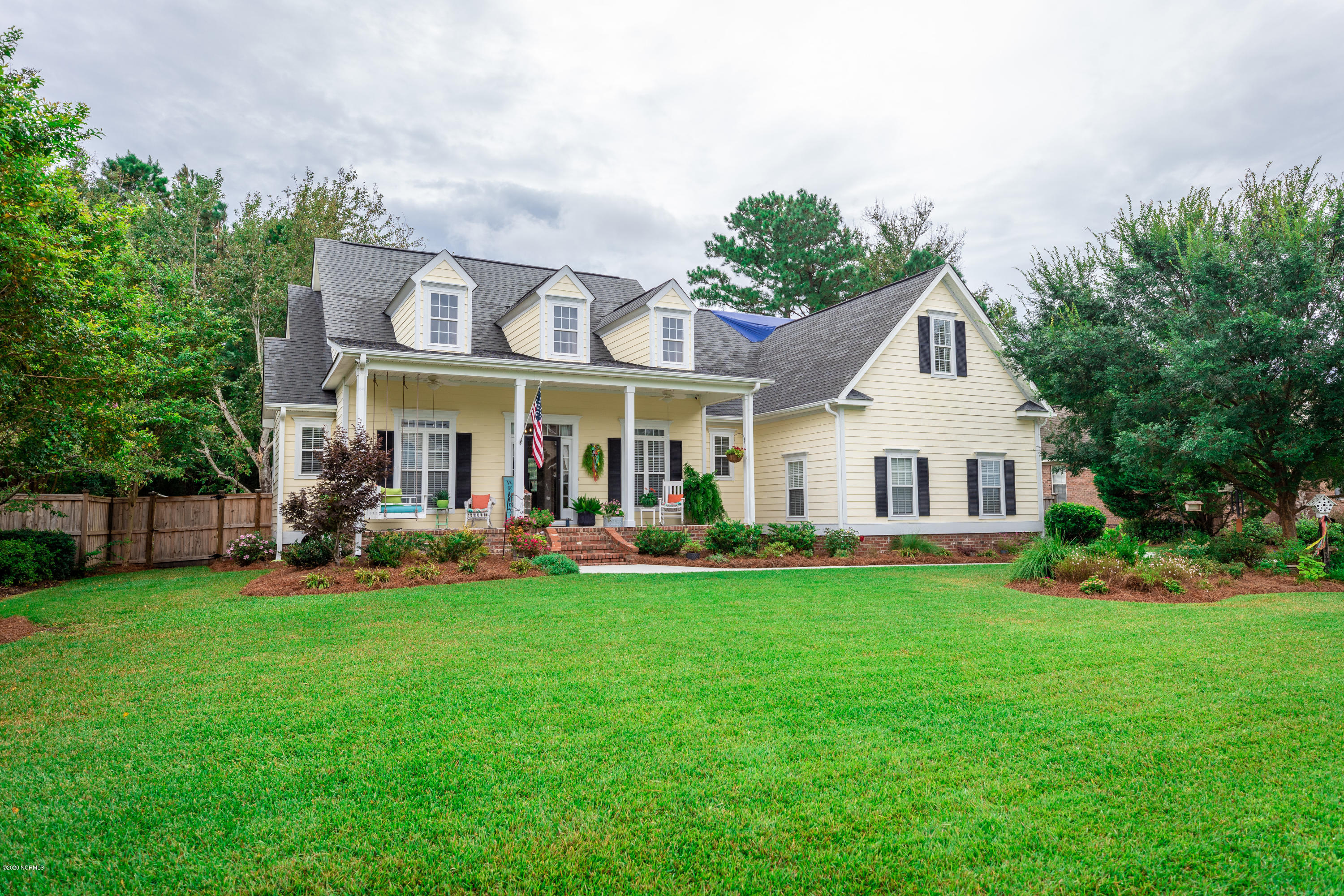 728 Blue Point Drive, Wilmington, North Carolina 28411, 4 Bedrooms Bedrooms, ,3 BathroomsBathrooms,Residential,For Sale,Blue Point,100232703