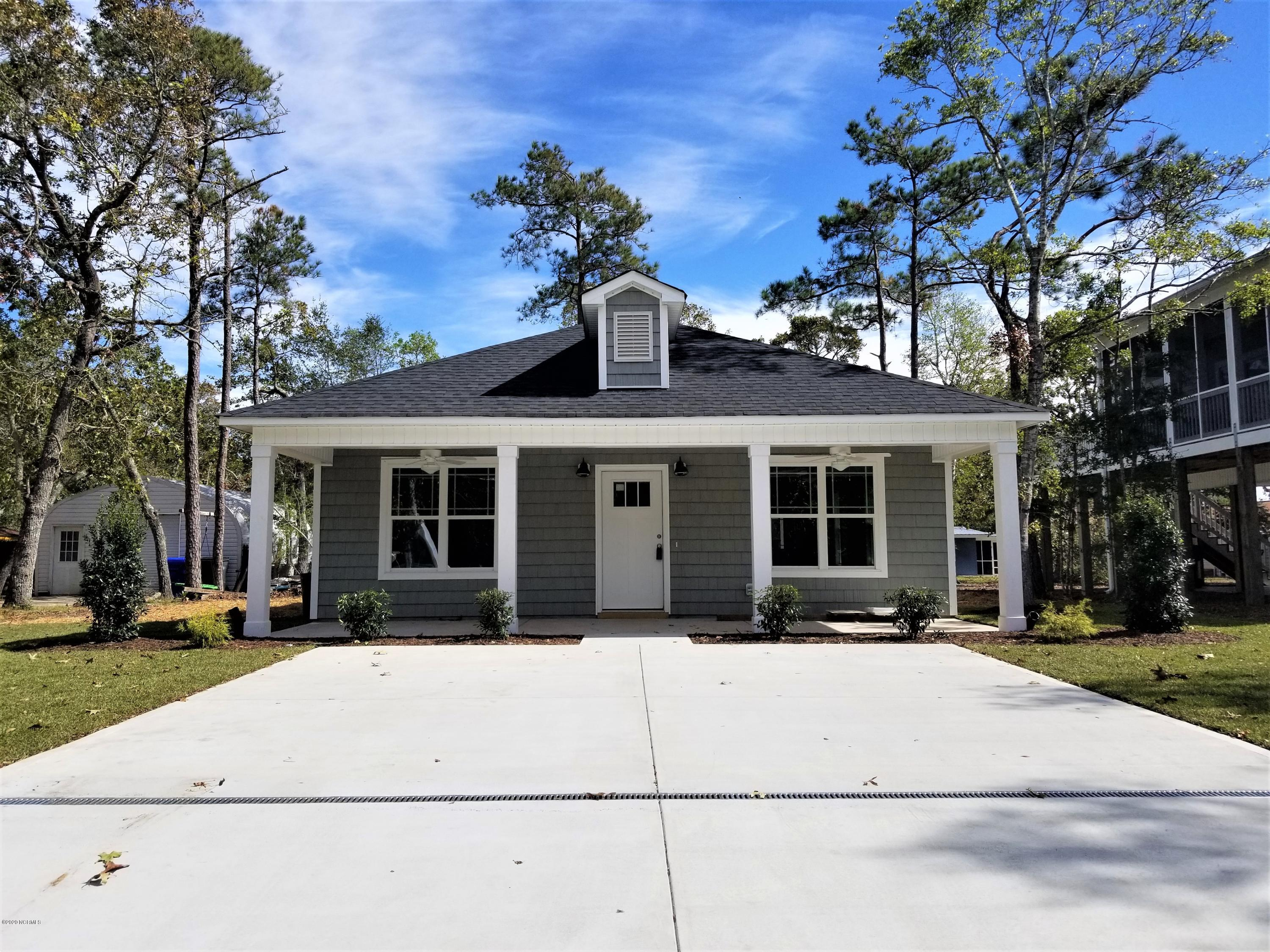 124 NE 26th Street Oak Island, NC 28465
